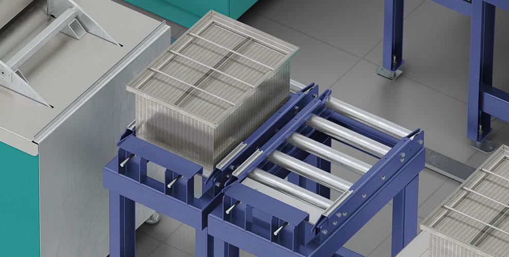Roller conveyor washing boxes